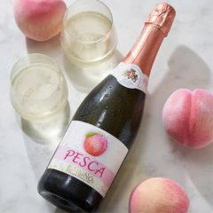 """お洒落な桃のスパークリングワインアレンジで""""映える""""デザートにも!"""